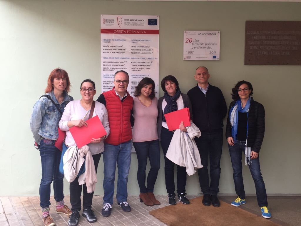 Profesorado del Lycée Sidoine Apollinaire y del Ausiàs que les ha acompañado en la visita.